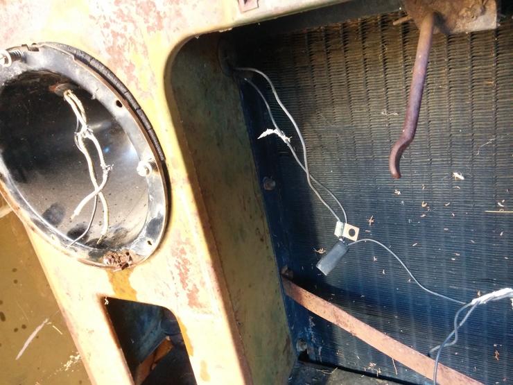 Headlamp wiring harness