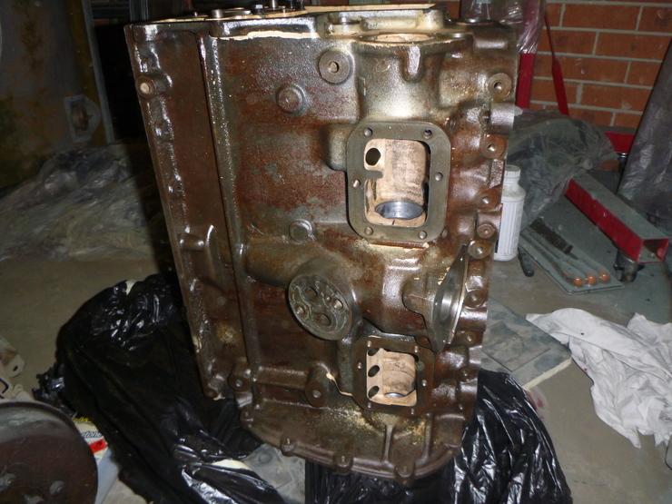 Right-hand side of engine block