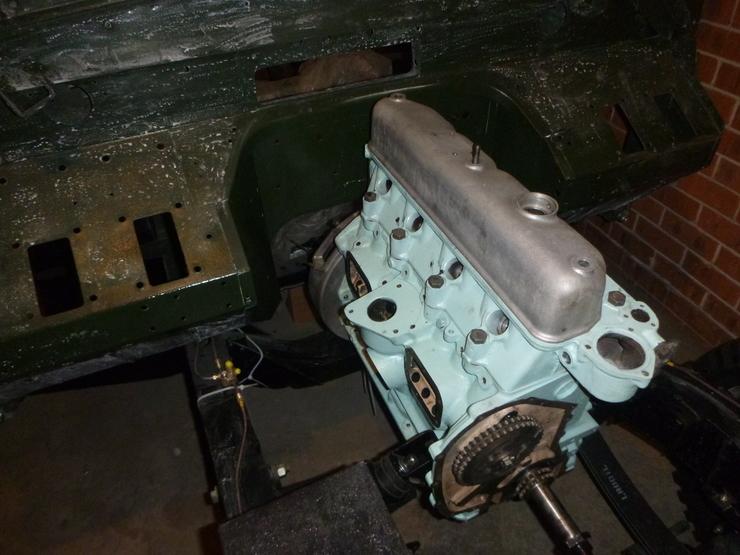 Engine in situ