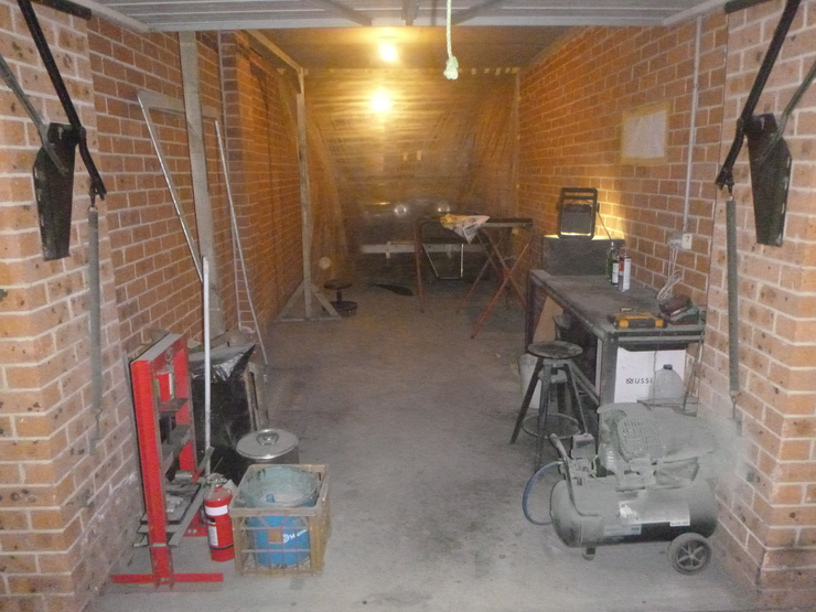 Overall picture of garage. Lots of free space